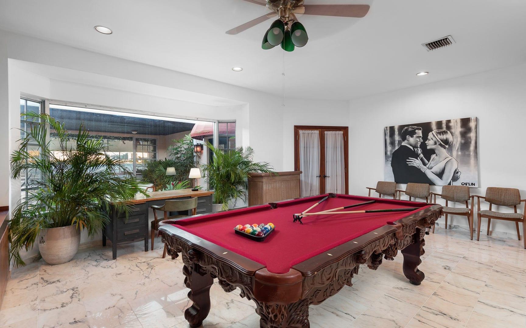 Miami-VillaBodrum-007