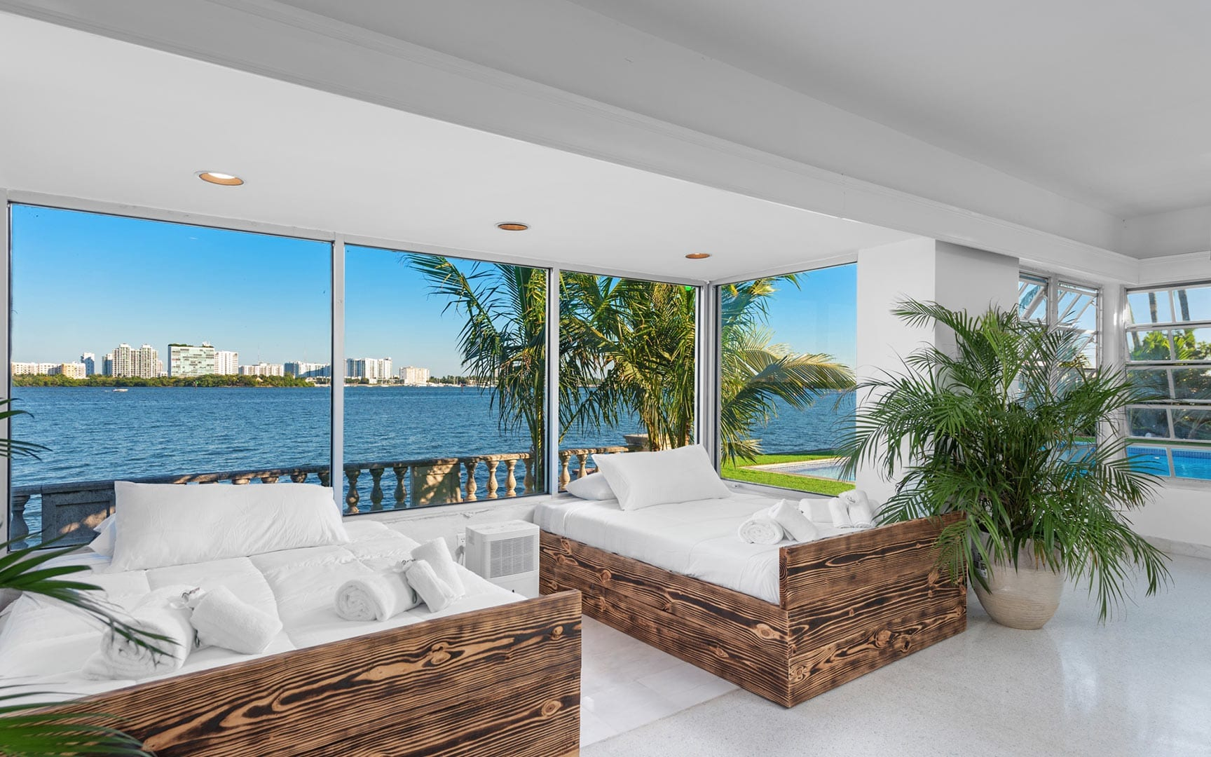 Miami-VillaBodrum-021