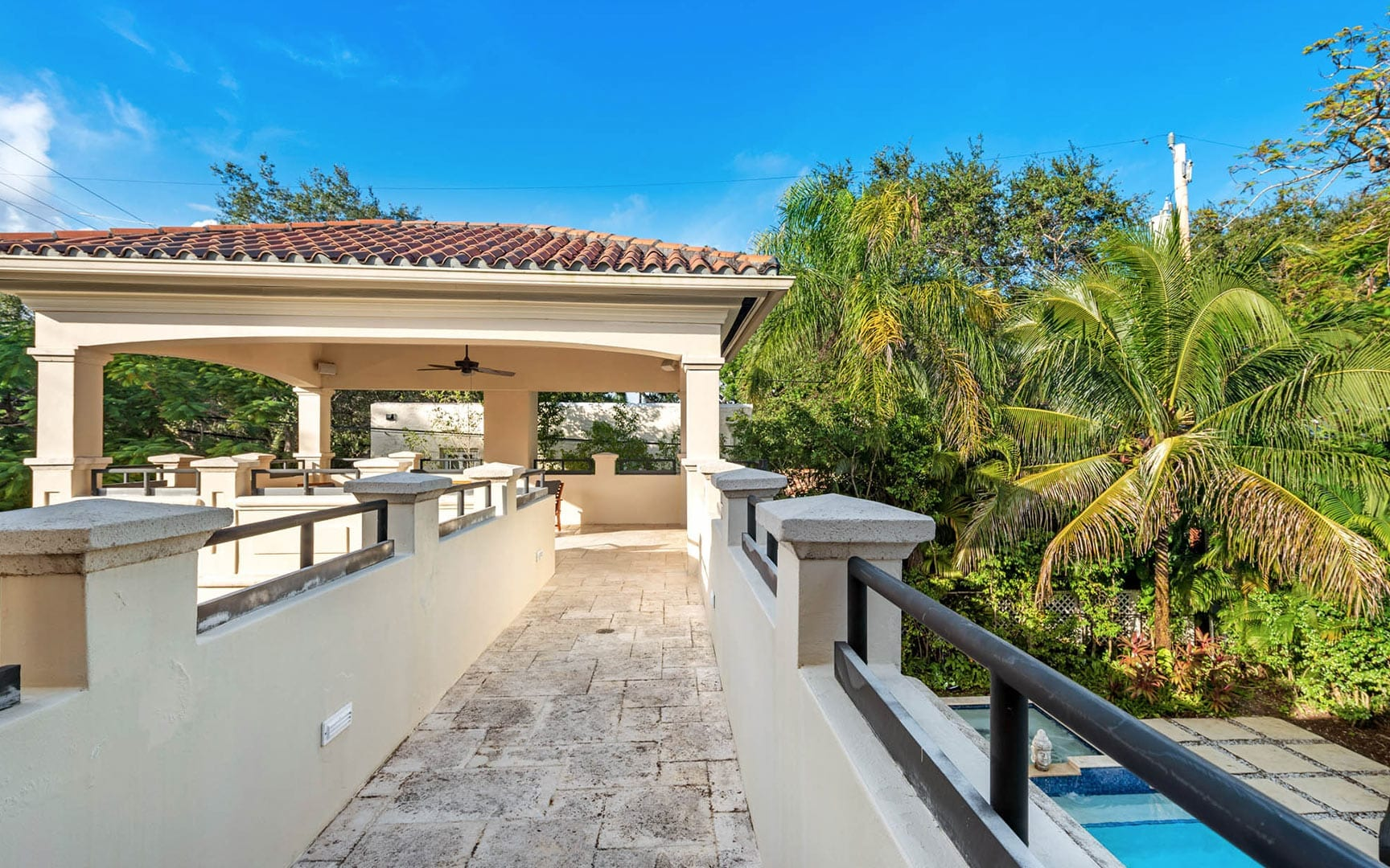 Spanish style luxury vacation home rental with pool in Miami - Villa Fortrezza - Nomade Villa Collection