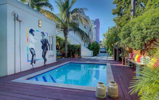 Miami-VillaPulpFiction-045
