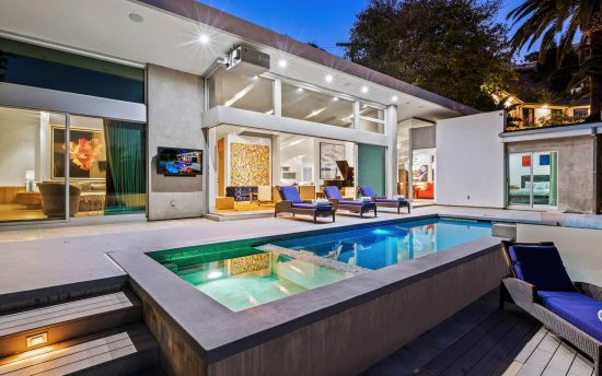 Casa Crescent Hills Luxury Vacation Rental in Los Angeles | Nomade Villa Collection