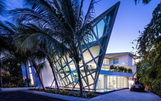 Villa Godiva luxury vacation rental in Miami | Nomade Villa Collection