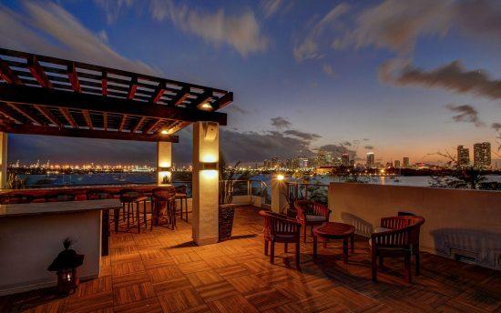 Villa Teaka luxury vacation rental in Miami Beach | Nomade Villa Collection