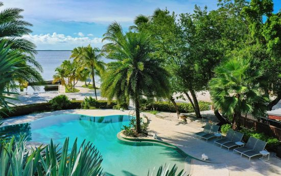nomade-miami-largoresort-featured