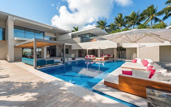 Villa Estrella - Luxury Vacation Rental in Miami - Nomade Villa Collection